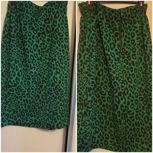Worn once animal print pencil skirt